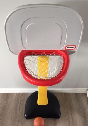 Little Tikes Basketball Hoop for Sale in Marysville, WA