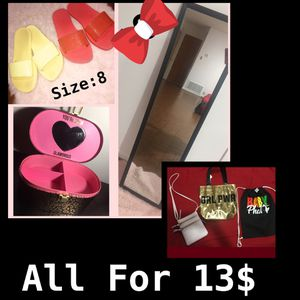 Size:8 and bags for Sale in Houston, TX