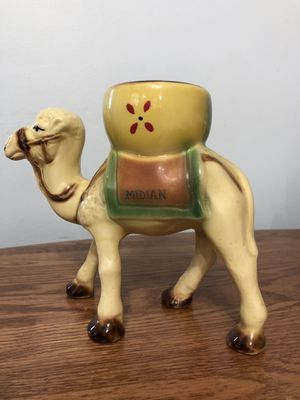 Midian Shriners Camel Vase for Sale in Wichita, KS