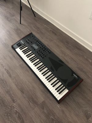 Virus TI 61 key synthesizer for Sale in Los Angeles, CA