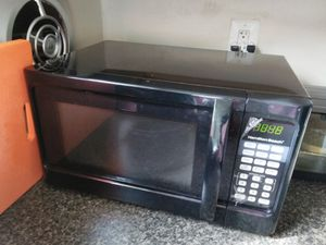 Used Hamilton Beach Microwave for Sale in Silver Spring, MD