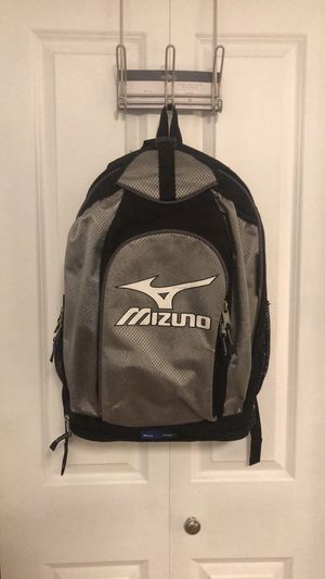 Mizuno Baseball Softball Bat Backpack Bag Black Silver for Sale in Kirkland, WA