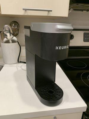 Keurig K-Mini Single-Serve K-Cup Pod Coffee Maker for Sale in Washington, DC
