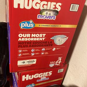 Diapers Huggies Plus #4 180 ct for Sale in Whittier, CA