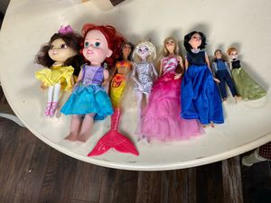 Disney and Barbie Dolls for Sale in Orting, WA
