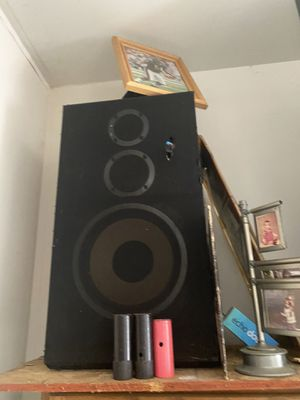 "Pioneer Sony American acoustics cd changer pioneer receiver 12"" speakers for Sale in Joliet, IL"
