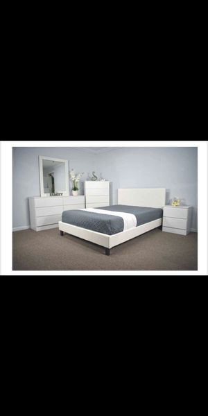 NEW QUEEN AND FULL SIZE -COLOR BLACK - COLOR CAPPUCCINO- DRESSER -MIRROR-NIGHT STAND -CHEST - BED FRAME -AND NEW MATTRESS - for Sale in Lake Worth, FL