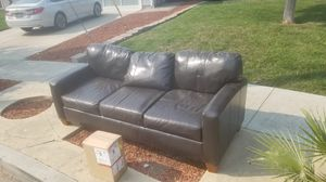 Free couch. Used condition. for Sale in Concord, CA