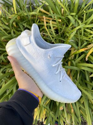 Yeezy creams 350 size 8.5 for Sale in Roseville, CA