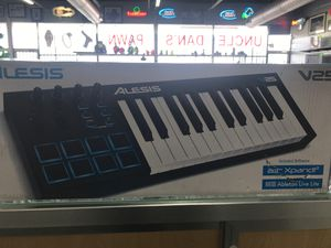 Midi Keyboard for Sale in Mesquite, TX