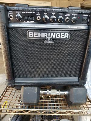 Amplificador para guitarra $25 buenas condiciones for Sale in Menlo Park, CA