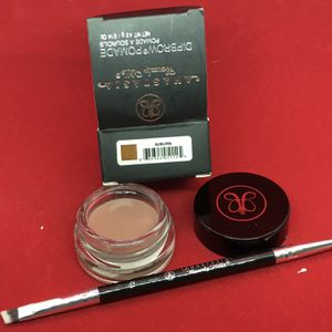 New eyebrow pomade and brush set..lots of shades available for Sale in Victorville, CA