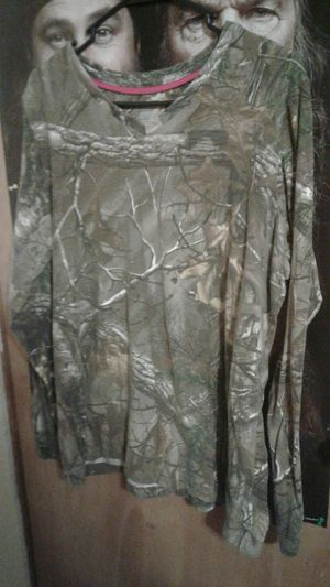 Camo shirt for Sale in Whiteford, MD
