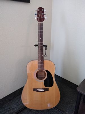 Jasmine series by Takamine acoustic guitar with hard shell case for Sale in Visalia, CA