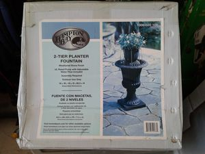 Water fountain planter for Sale in Hutto, TX