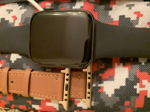 Series 4 Apple Watch 44mm [TONIGHT ONLY{ for Sale in Houston, TX