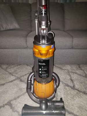 Dyson BC25 Vacuum for Sale in La Habra Heights, CA