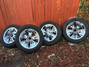 20' inch universal rims and tires for Sale in Landover, MD