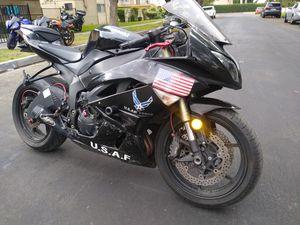 2010 Kawasaki Ninja ZX6R clean title in hand for Sale in Garden Grove, CA