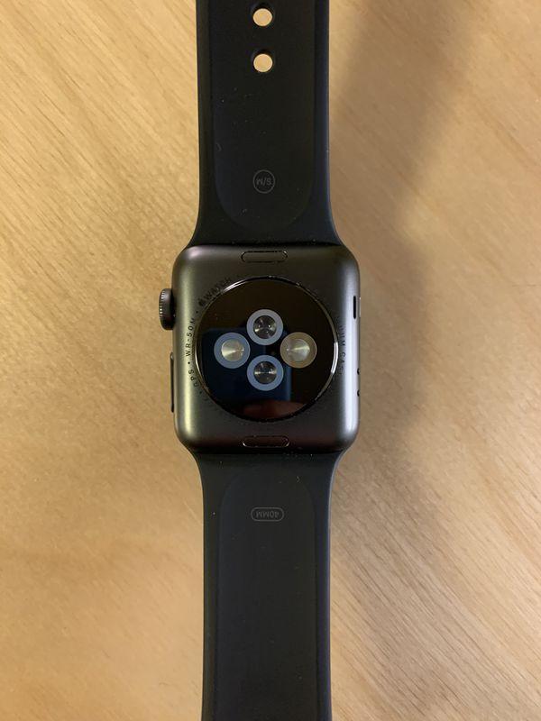 Apple Watch 2nd Generation Space Gray 38mm WiFi