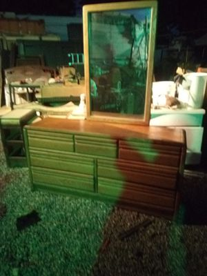 Dresser with mirror 7 drawer for Sale in Fresno, CA