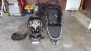 Britax stroller and cowmaflouage carseat for Sale in Macon, GA