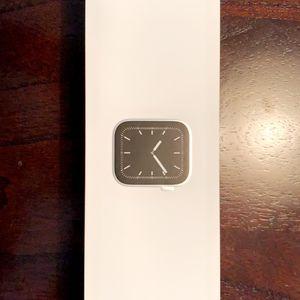 "Apple Watch 🍏⌚️ ""Series 5"" for Sale in Murfreesboro, TN"