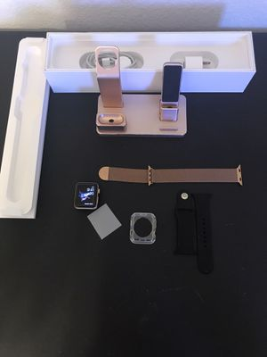Apple Watch series 3 Rose Gold 42mm with all accessories GPS & CELLULAR for Sale in Keller, TX