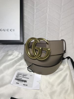 Gucci Dusty Pink Leather Belt With Double G Buckle for Sale in Queens, NY