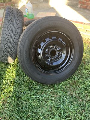 Hankook SDL w/ Rims 195/70R14 for Sale in Industry, CA