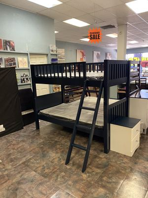 bunk bed with mattresses for Sale in Glendale, AZ
