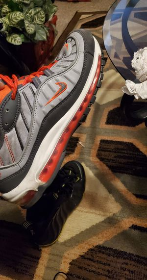 Air max 98 size 10.5 for Sale in PA, US