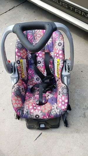 Baby car seat for Sale in Hacienda Heights, CA
