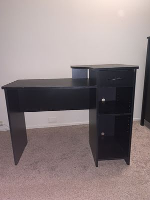 Black desk for Sale in Lafayette, CA