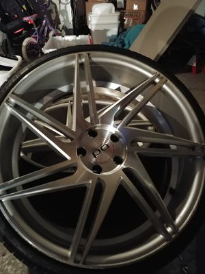 Black Diamond BD-1 Concave rims and tires 245/30/22 for Sale in Clermont, FL