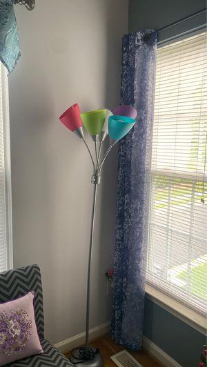 Floor lamp $25 for Sale in Herndon, VA
