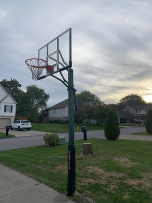 In ground basketball hoop for Sale in Beaver, PA