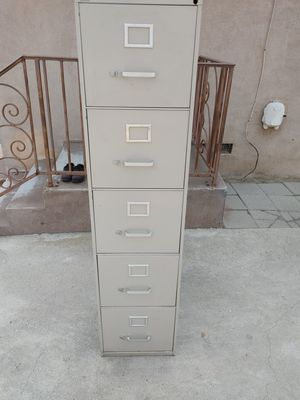 5 DRAWER FILE CABINET. IN EXCELLENT CONDITION. METAL... 61. Inches high. 28 inches side. 15 inches wide for Sale in Alhambra, CA