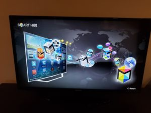Samsung 40' smart tv for Sale in Piscataway, NJ