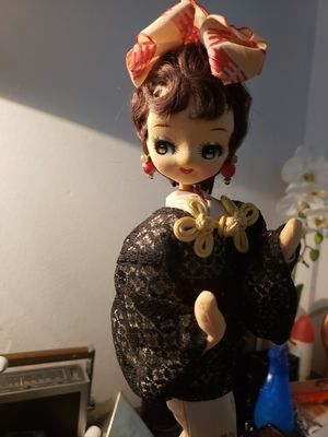 Antique JAPANESE DOLL 13 INCH TALL for Sale in Anaheim, CA