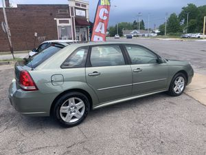 Chevy Malibu max for Sale in Garfield Heights, OH
