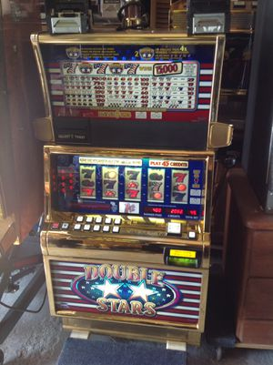 Double stars machine from the golden nugget working for Sale in Inglewood, CA