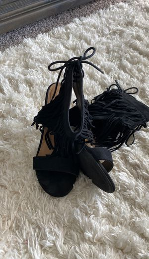 Women's black fringed heels for Sale in DeSoto, TX