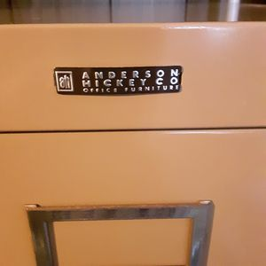 4 drawer file cabinet for Sale in Imperial Beach, CA