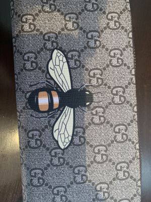 Bee Gucci wallet for Sale in La Puente, CA