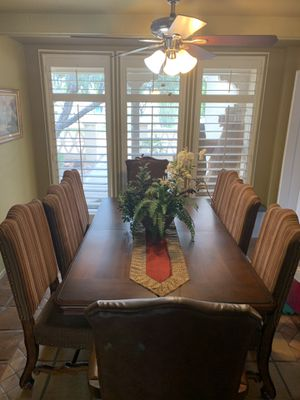 Beautiful Dining Room Table for Sale in San Francisco, CA