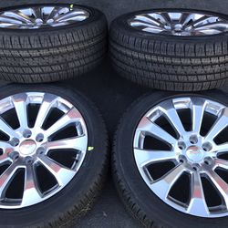 "22"" Oem Chevy Truck Silverado Tahoe GM Truck Factory Wheels 22 Inch Polish Rims GM Truck for Sale in Tustin,  CA"