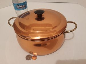 "Vintage Metal Copper and Brass Cooking Pot with Lid, 11"" Handle to Handle, 8"" x 4 1/2"" Pot Size, Kitchen Decor, Shelf Display for Sale in Lakeside, CA"