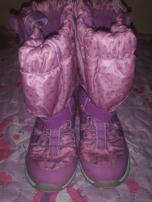 GIRLS BOOTS SIZE 1M for Sale in Philadelphia, PA
