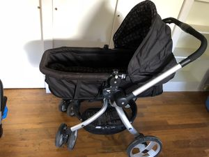 J.j Cole Stroller for Sale in Gainesville, FL